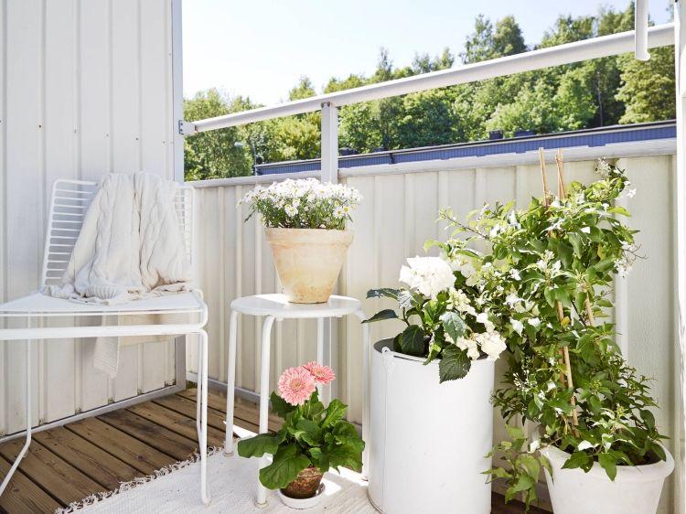 decoración teraza adornos blancos