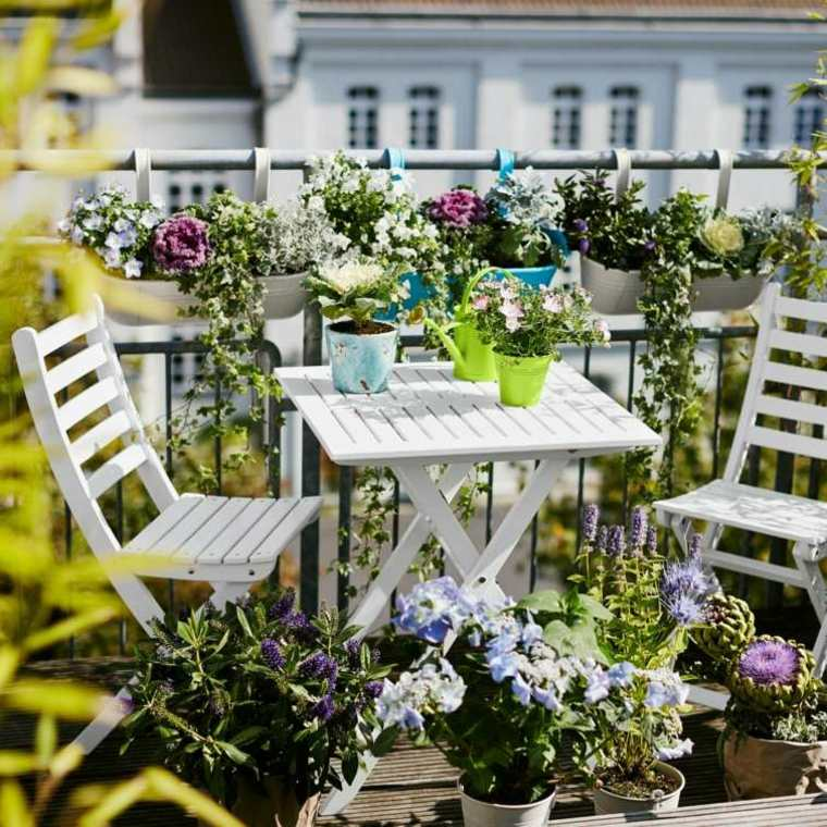 decoracion balcon originales mesa sillas blancas ideas