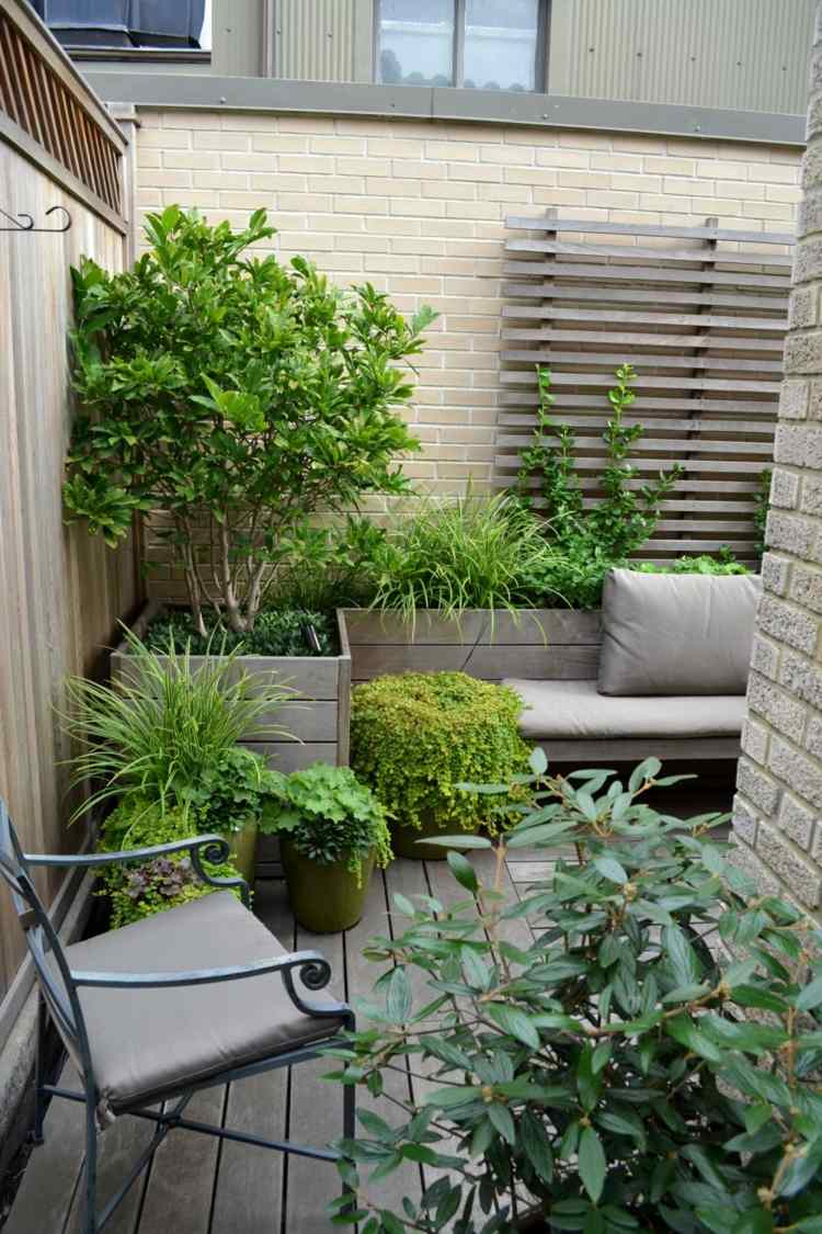 decoracion terrazas pequeñas forja muebles ciudad