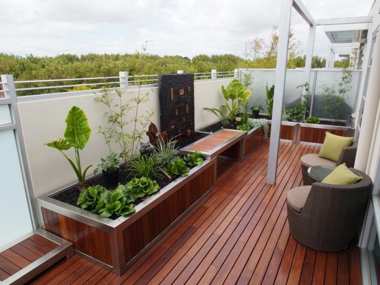 decoracion terrazas pequeñas suelo maderas jardineras