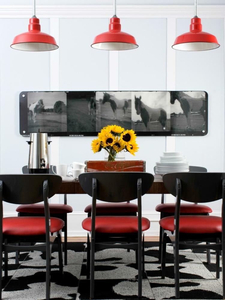 decoracion vintage de interiores comedor rojos negro