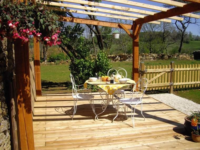 decorar terrazas pequeñas muebles acero blanco ideas