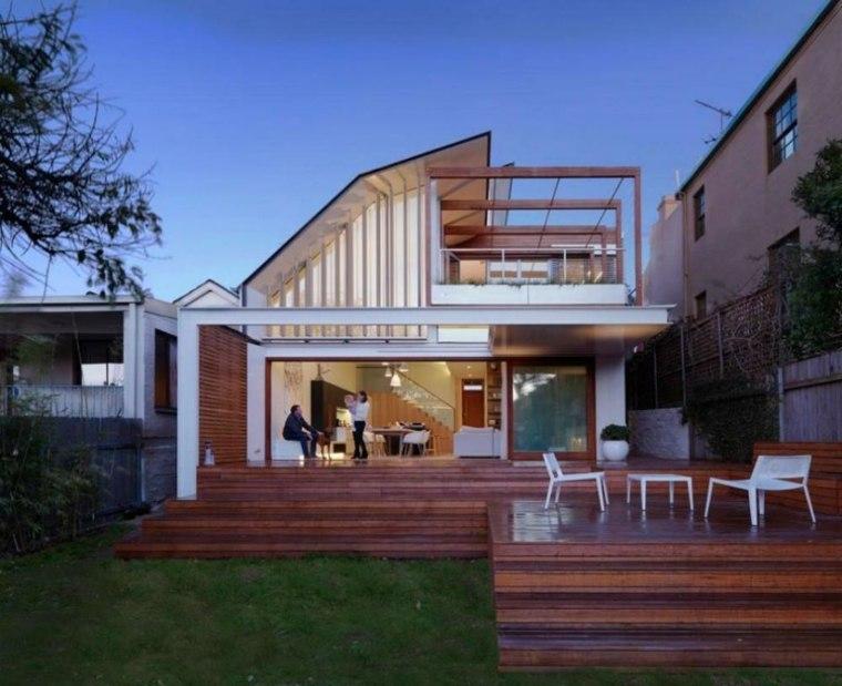 Fachadas de casas modernas treinta y ocho dise os for Disenos de porches de casas