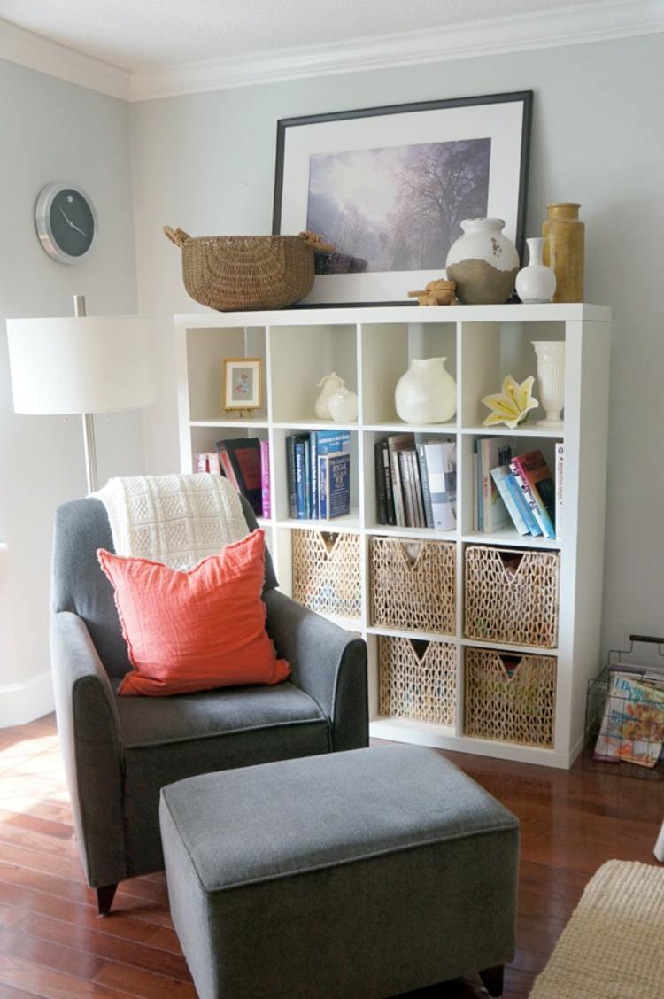 diseño mobiliario variantes sofa grises reloj