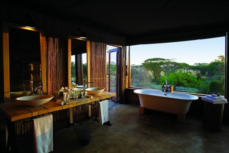 Decoracion Baño Tropical:Cuartos de baño de estilo minimalista – 50 diseños oscuros -