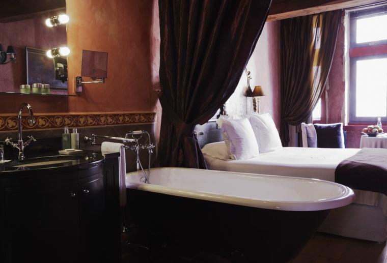 Baño Romantico Ideas:Dormitorios romanticos con cortinas que rodean la cama