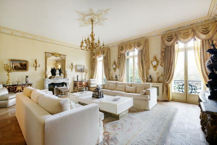 elegante dorados sitios muebles lamparas