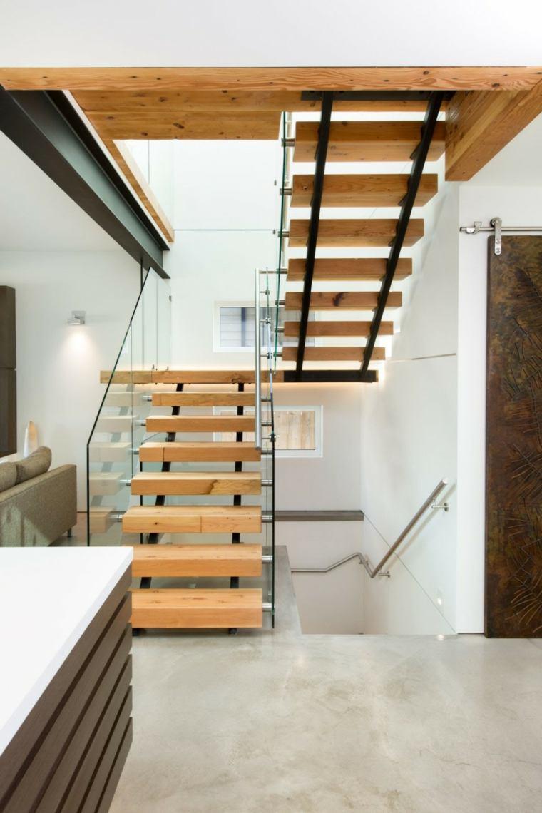 Escaleras de interior modernas 50 dise os que marcan for Escalera de jardin de madera