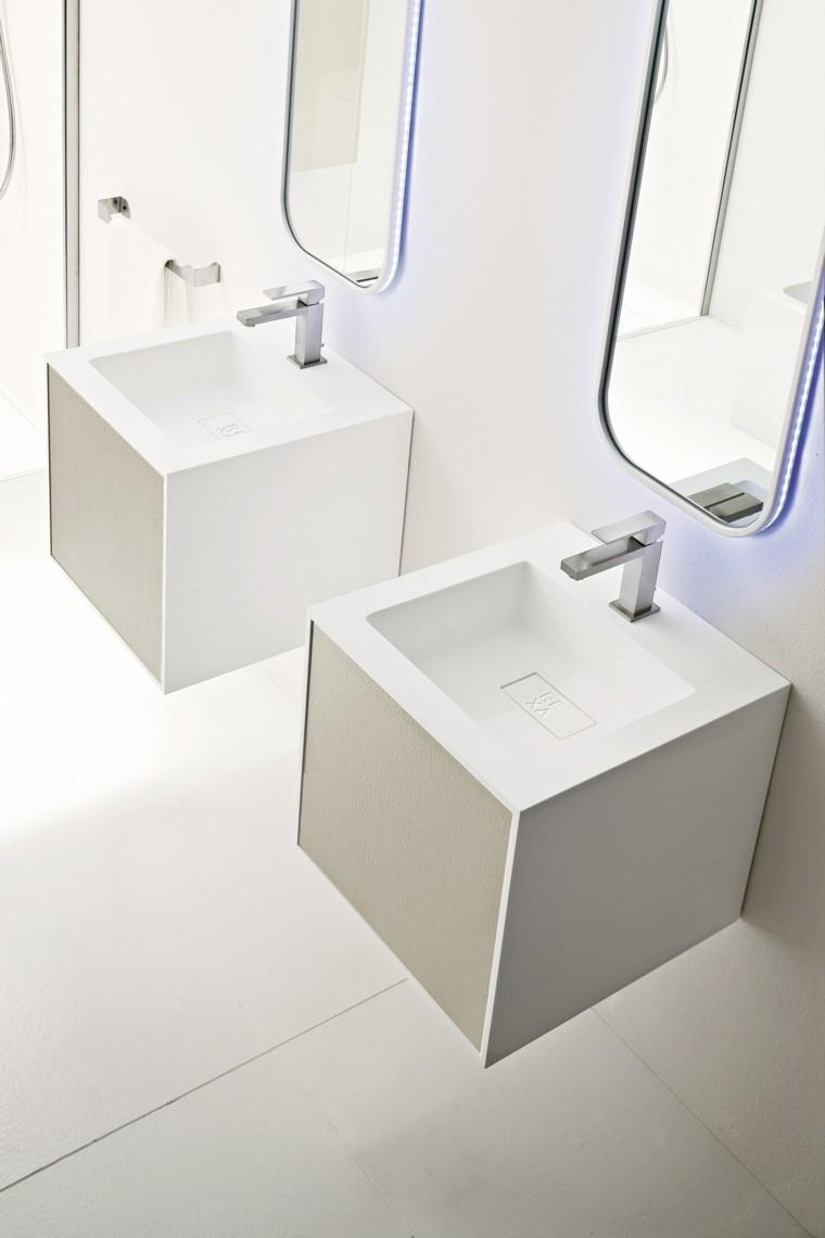 espejos para baño forma interesante iluminados ideas