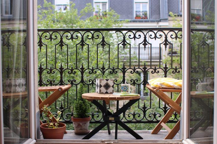 estupenda decoración muebles balcón