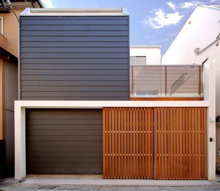 Fachadas de casas modernas treinta y ocho dise os for Modelos de puertas de frente de madera