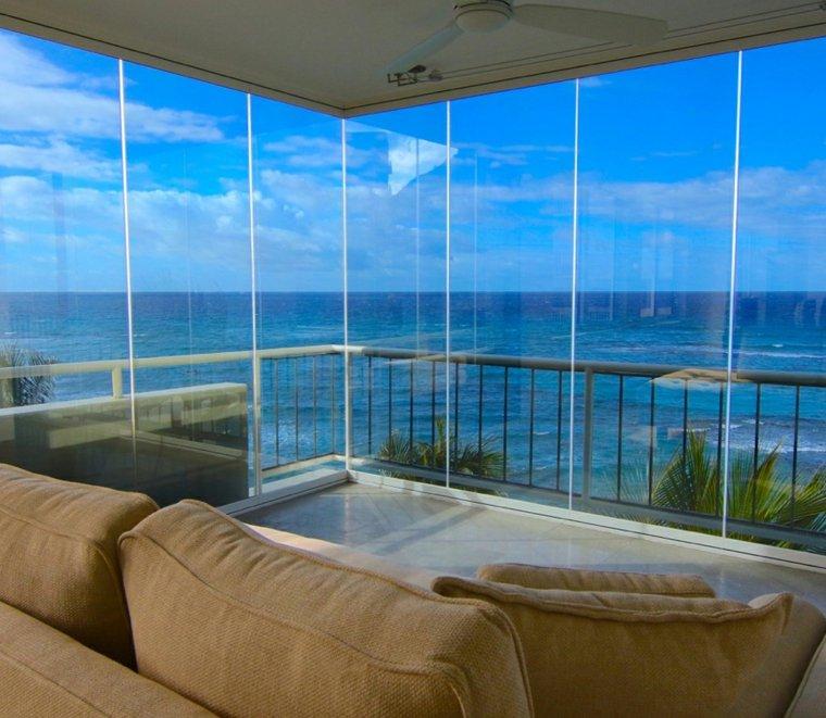 estupenda terraza cerrada vistas mar