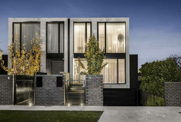 Fachadas de casas modernas treinta y ocho dise os for Fachadas de ventanas para casas modernas