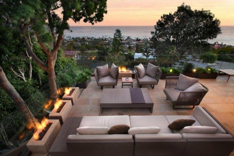 Flores bonitas y plantas para el balc n o la terraza for Terrazas bonitas