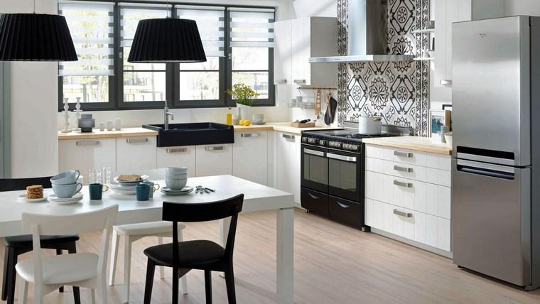 forma-cocinas-diseno-L-combinacion-blanco-negro