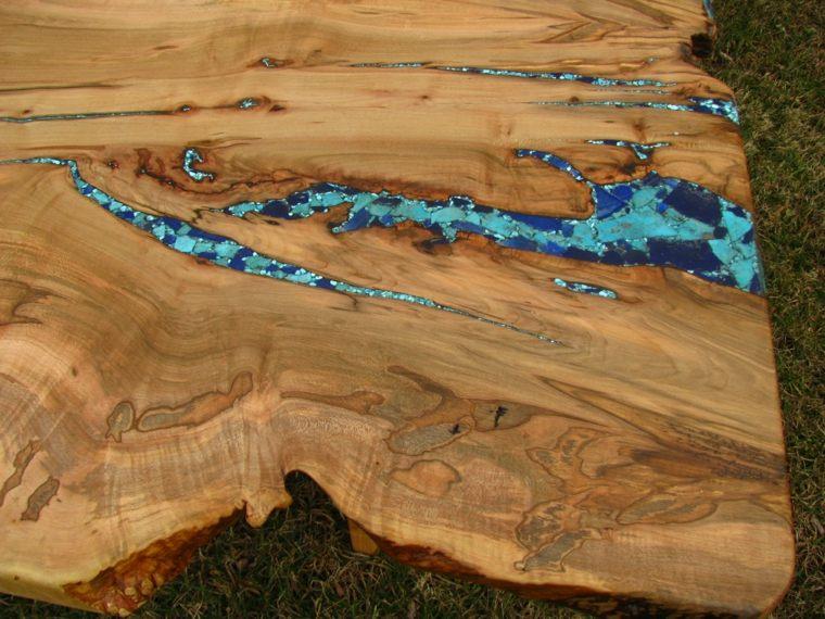 grietas madera natural llenas minerales