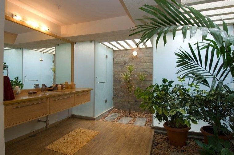 Patios interiores peque os ideas para una decoraci n - Jardines pequenos originales ...