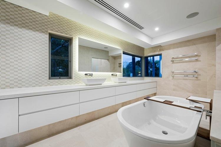 interiores bañeras diseños casas soluciones