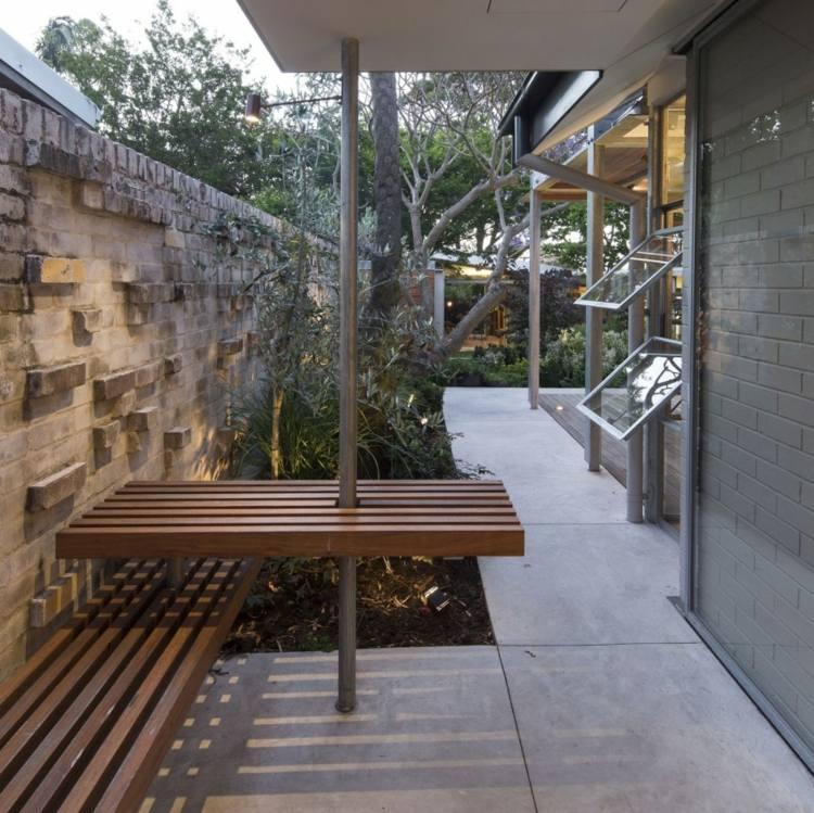 jardines pequeños bancos madera originales ideas
