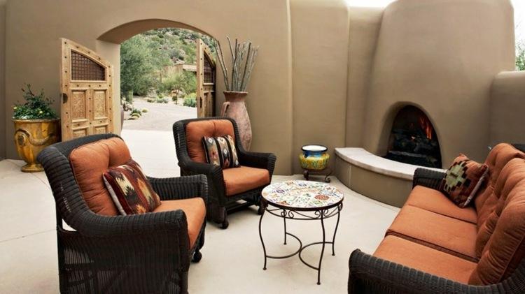 jardin pequeno interior murallas altas lugar fuego ideas