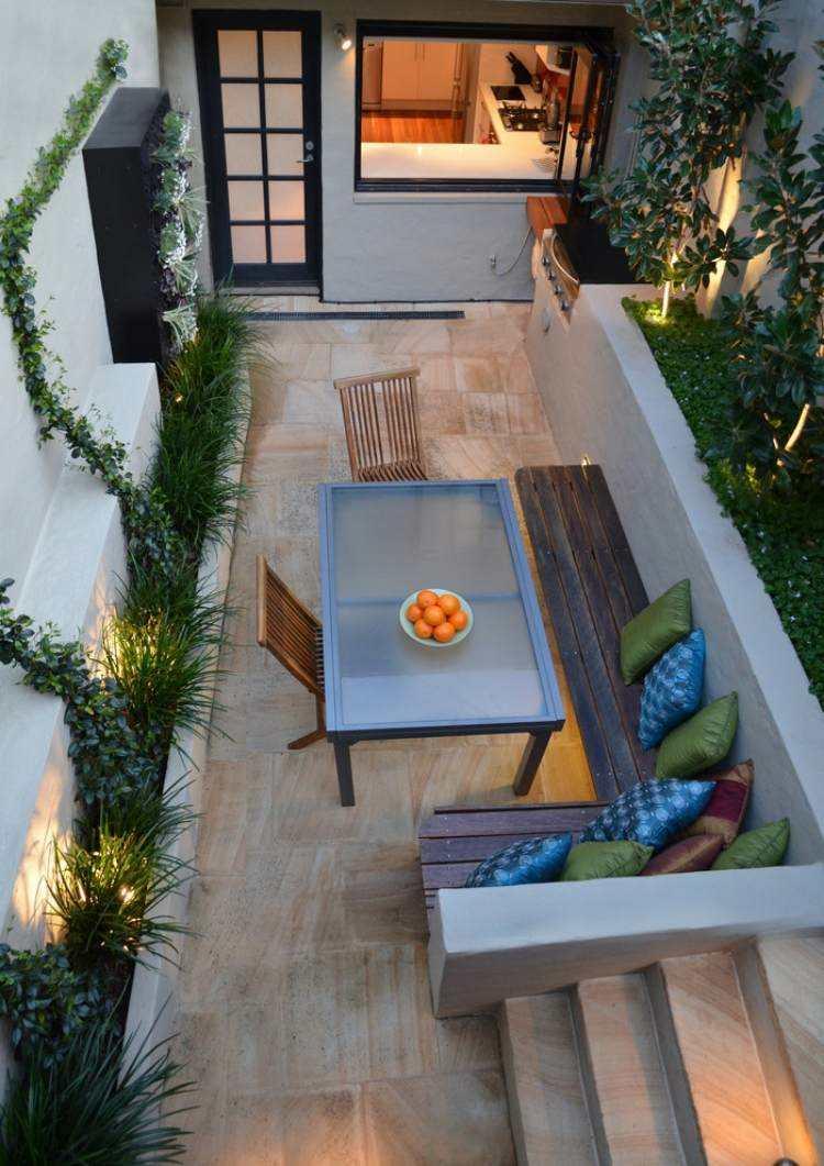 jardin trasero pequeno banco madera ideas