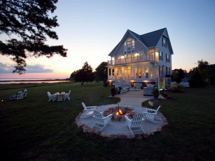 jardines fuego decorado salientes blancos balcones