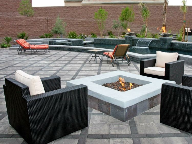 jardines fuego decorado salientes detalles rocas cojines