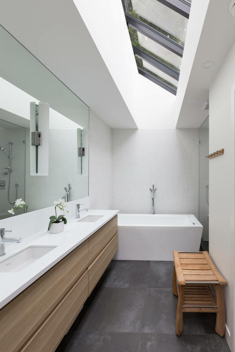 Armarios de ba o y muebles lavabo de madera 50 ideas - Bancos de madera para banos ...