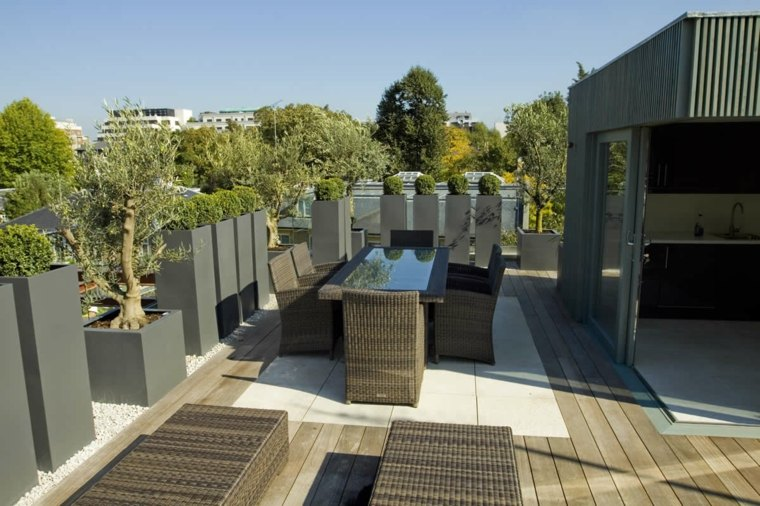 macetas negras terraza decoran ideas