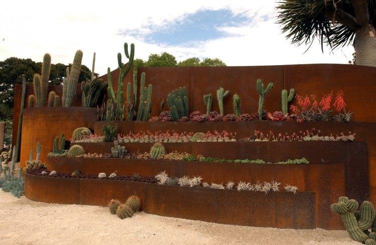 manipulacion escaleras sillones cactus cielos escalonados