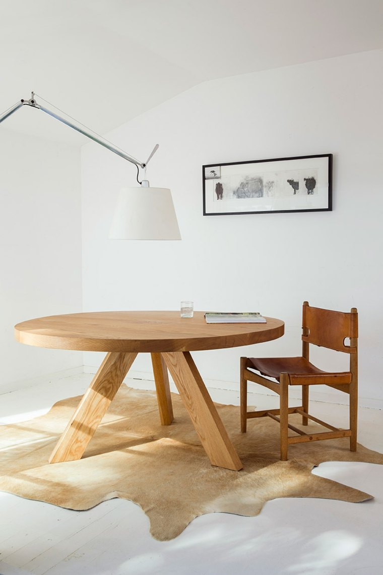Mesas de comedor modernas de madera maciza 50 ideas - Mesas redondas modernas ...
