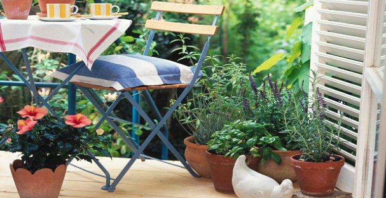 muebles acero azul balcon pequeno flores ideas