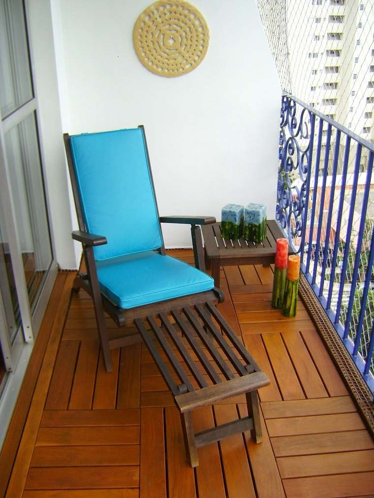 Decoracion de balcones y terrazas peque as 99 ideas for Muebles para balcon exterior pequeno