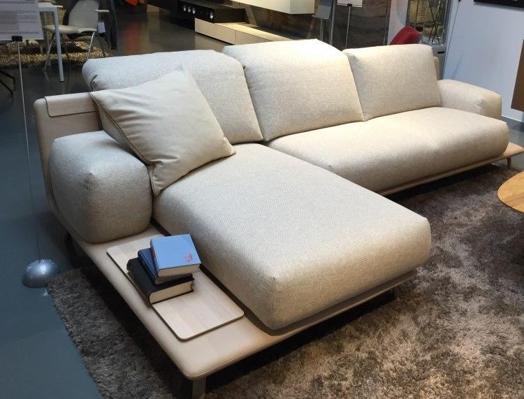 muebles salon ideas funcionales alfombras libros