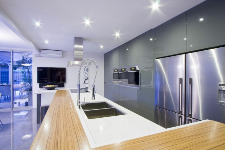 Cocinas blancas y grises los 50 dise os m s actuales - Luces led cocina ...