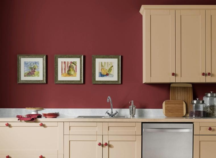 Cocinas en rojo treinta y ocho dise os ardientes - Pared color granate ...