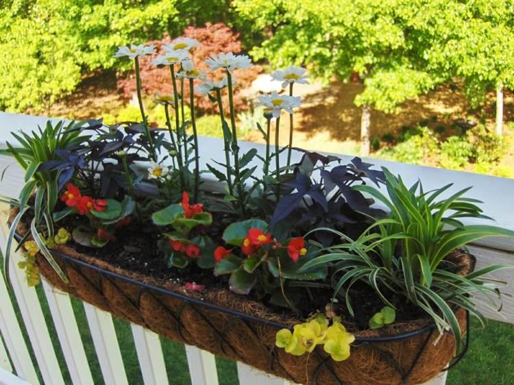 original diseño jardinera flores terraza
