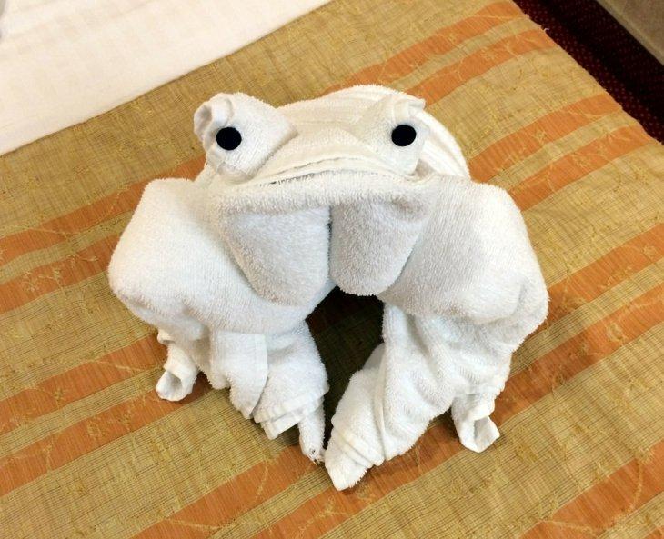 original diseño rana deco toalla