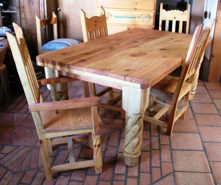original diseño mesa madera tallada