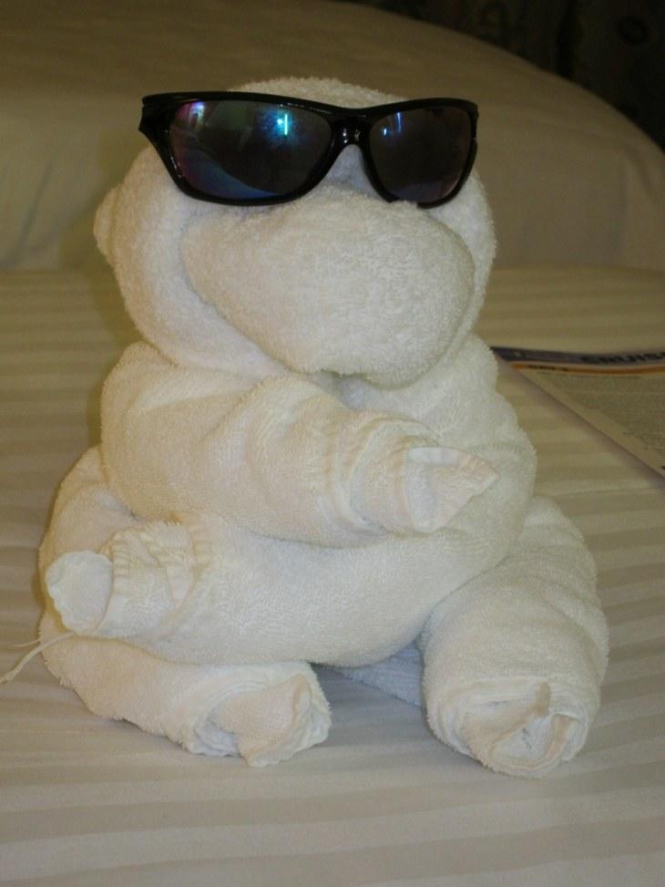 original muñeco toalla gafas sol