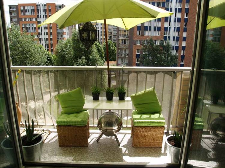 decoracion balcones cincuenta ideas alegres y coloridas. Black Bedroom Furniture Sets. Home Design Ideas