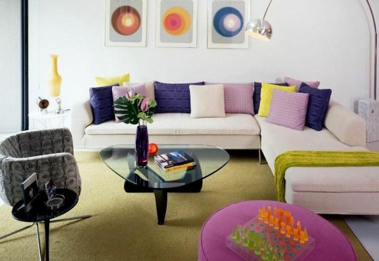 sala estar cojines colores vivvos