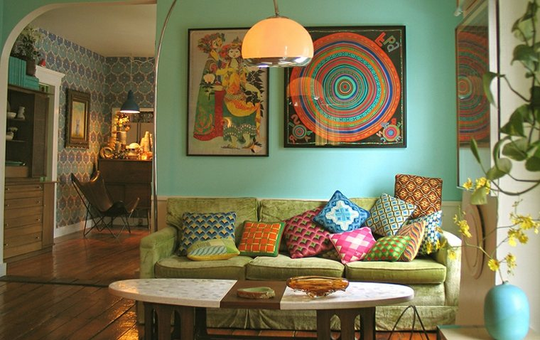 salas estilo boho tonos verdes