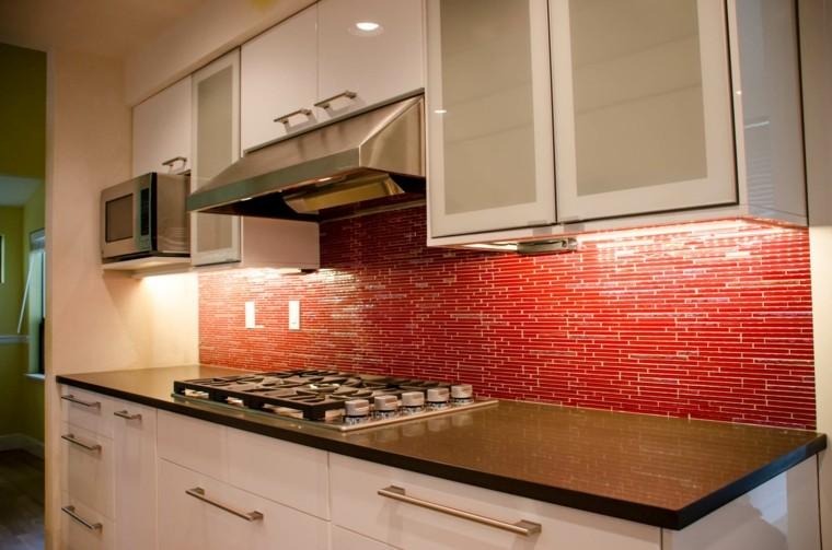 salpicadero cocina gresite color rojo