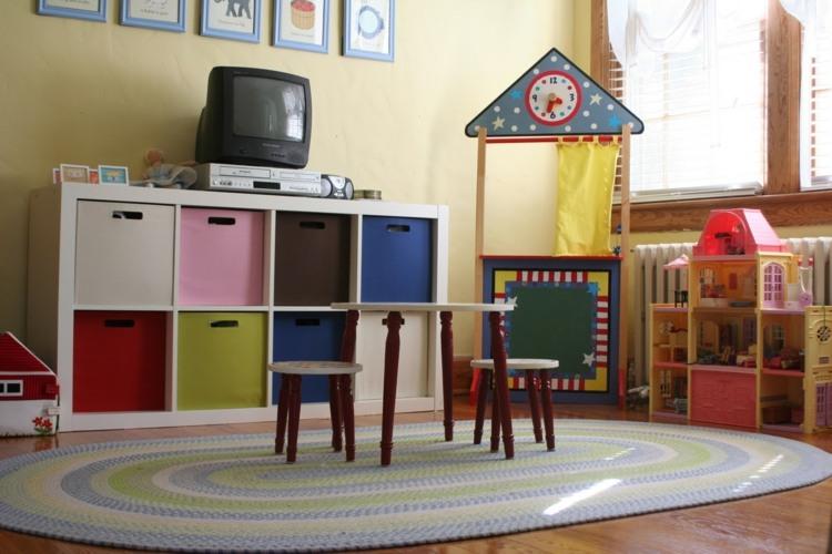 separador espacio zonas maniqui casas colores
