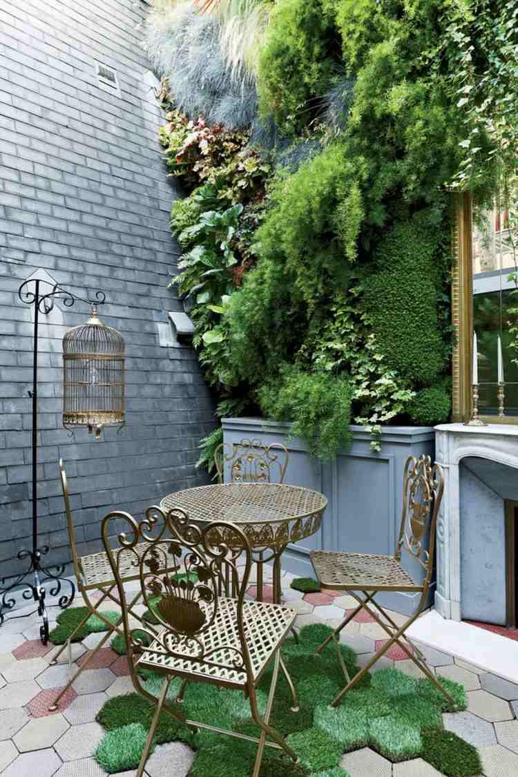 sillas preciosas jardin vertical cesped ideas