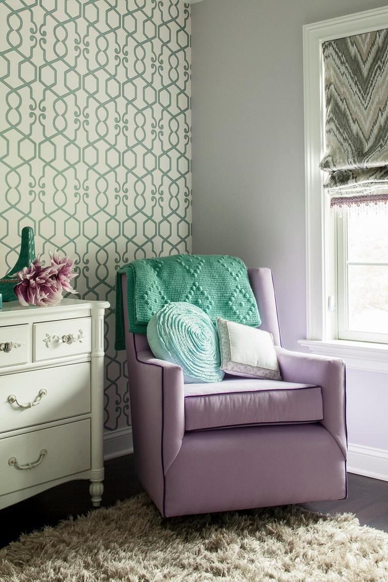 estupendo sillón color lavanda
