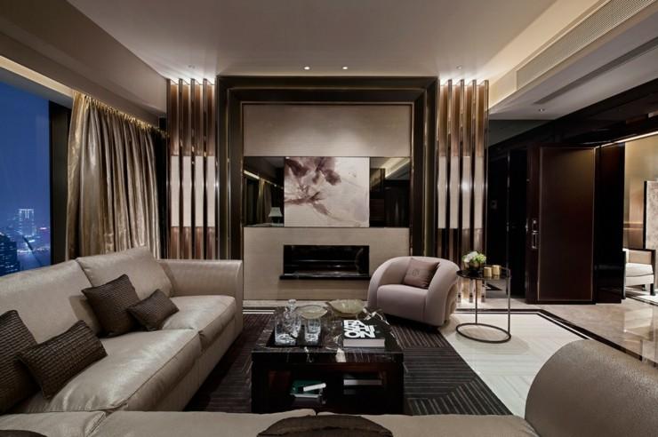 sofa de salon calidos ventanales copas cristales