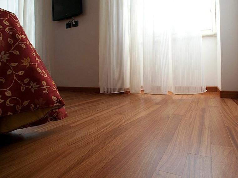 suelo parquet dormitorio cortinas blancas ideas