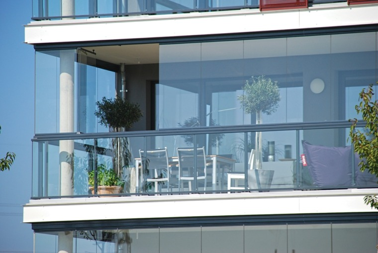 terraza moderna acristalamiento vidrio